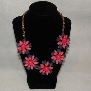 Statement Necklace gold tone chain w/five flowers